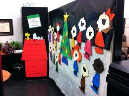 office christmas decorating ideas pinterest office christmas