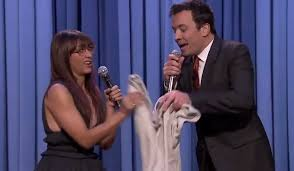 rashida jones and jimmy fallon sing parodies of