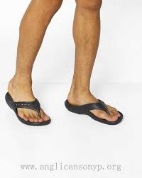 how to cut a flip for men crocs flip flops with cut outs 205627 black men s flip flops