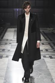 mcqueen fall 2016 menswear collection vogue