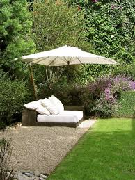 Landscaping Ideas For Large Backyards 10 Latest Trends In Decorating Outdoor Living Spaces 25 Modern