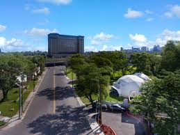 Dome House For Sale Live Or Work In The Geodesic Domes Yours For 399k Curbed Detroit