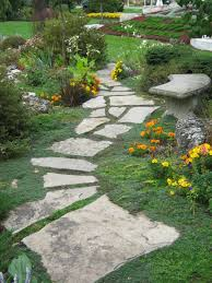 rock pathway outdoors pinterest rock pathway gardens and