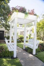 Swing Arbor Plans Oltre 25 Fantastiche Idee Su Altalena Pergolata Su Pinterest