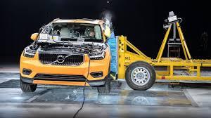 2018 volvo xc40 crash test anton hilft