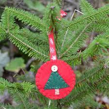 east coast mommy simple felt christmas tree ornament