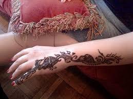 fashion female and have fun retro tattoo designs