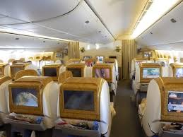 Emirates Airbus A380 Interior Business Class Emirates Boeing 777 300er Business Class Dubai To Brussels Youtube
