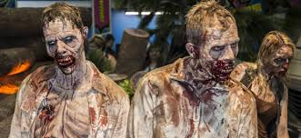 Rick Walking Dead Halloween Costume Comic 2016 Walking Dead Season 7 Booth Photos Daily Dead