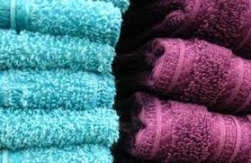 How To Wash Colored Towels - use vinegar and baking soda to recharge your towels