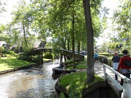 Giethoorn Holland Homes For Sale by Getting To Giethoorn Distant Sojourns