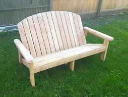 Outdoor Garden Bench Plans by Best 25 Pallet Garden Benches Ideas On Pinterest Pallet Garden