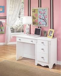 Zarollina Bedroom Set Furniture