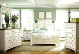 White Distressed Bedroom Furniture Distressed White Bedroom Furniture White Washed Distressed