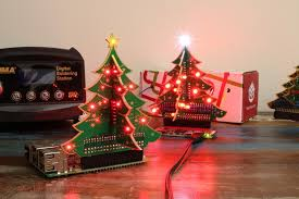the return of the raspberry pi christmas tree from the pi hut