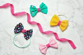 how to make a hair bow easy and easy hair bow tutorial projects