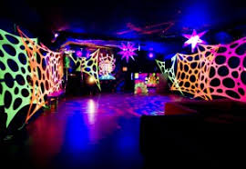 glow in the party supplies do you need the hub for the black light party supplies glow party