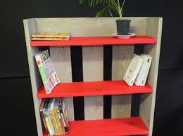 pallet bookcase diy short and simple pallet furniture plans