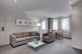 adina apartment hotel sydney chippendale best rate guaranteed adina chippendale apartment hotel premier 2 bedroom king or twin