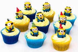 minion cupcakes despicable me minion cupcakes sunday baking
