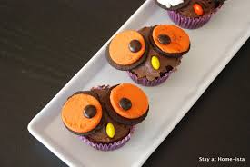 owl halloween cupcakes stay at home ista owl cupcakes