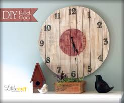 diy wood pallet clock u2013 little stuff