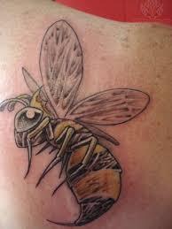 tribal bee tattoo tribal bee tattoos queen bee tattoos