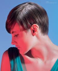 retro tomboy short hairstyle with 1930s boy cuts styling