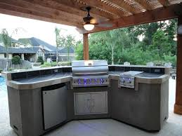outdoor kitchens ideas covered outdoor kitchen covered outdoor kitchen kitchen sink for