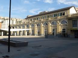 il cortile genova stazione di genova piazza principe foto di stazione di genova