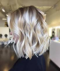 platinum blonde bob hairstyles pictures 80 fabulous wavy bob hairstyles style skinner