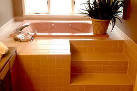 Best Way To Refinish Bathtub Bathtub Refinishing Damage Cost Guide Bathrenovationhq