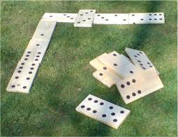 mexican horseshoes lawn dominoes jenga bean bag toss shoes croquet