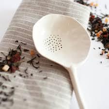 objet design cuisine a mano slotted porcelain spoon ceramique slot