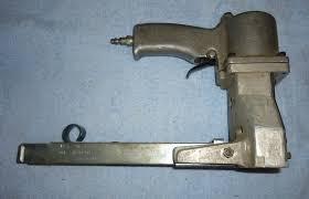 Bostitch Model M3 by Bostitch Boxlok Pneumatic Carton Stapler U2022 100 00 Picclick