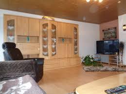 Wohnzimmerm El Mit Viel Stauraum Häuser Zum Verkauf Vöhringen Mapio Net