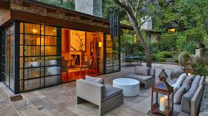 Home Jennifer Lopez by Sela Ward U0027s Bel Air Home Bought By Jennifer Lopez For 28 Million