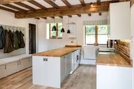 kitchen cabinet lighting ideas uk 32 beautiful kitchen lighting ideas for your new kitchen