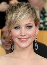 hairstyles when growing out inverted bob 50 messy short bob hairstyle to make you look uber chic