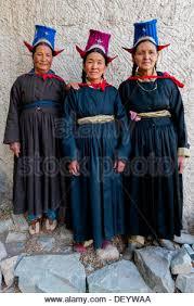 ladakh clothing india jammu kashmir ladakh women in traditional clothing in leh