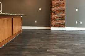 Distressed Hickory Laminate Flooring 7 5 U2033 Distressed Saint Moritz Hickory U2013 District Floor Depot