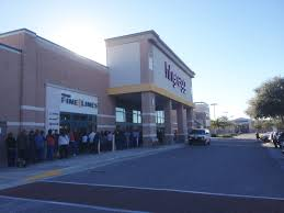 hh gregg black friday tampa area shoppers get jump on black friday deals tbo com