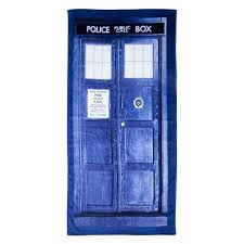 amazon com doctor who tardis door cotton beach or bath towel 59 amazon com doctor who tardis door cotton beach or bath towel 59