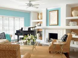 Comfortable Family Rooms Midwest Living - Casual family room ideas