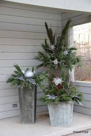 Christmas Ideas For Outside Planters by 282 Best Christmas Outdoors Images On Pinterest Christmas Ideas