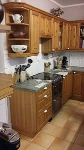 best paint for vinyl kitchen cabinets uk kitchen cabinet spray painting the kitchen facelift