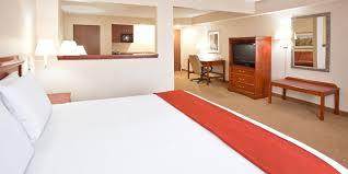 Bgsu Campus Map Holiday Inn Express U0026 Suites Bowling Green Hotel By Ihg