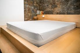 Rubber Sheets For Bed The Best Mattress And Pillow Protectors Wirecutter Reviews A
