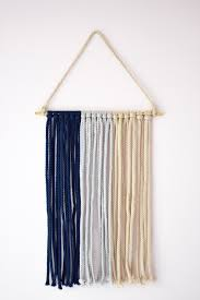 diy macrame wall hanging one brass fox lifestyle blogger leslie musser shares an easy diy macrame wall hanging to update your home decor