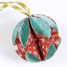 Diy Paper Christmas Decorations 30 Beautiful Diy Homemade Christmas Ornaments To Make